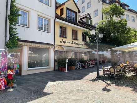 Auf dem Schlossplatz - vielseitig nutzbare Gewerbe- und Gastrofläche