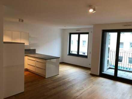 Moderne 3-Zimmer-Wohnung mit Balkon, Einbauküche und Tiefgarage im Herzen Frankfurts