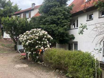 4 Familienhaus mit 5% Rendite und Bauplatz!