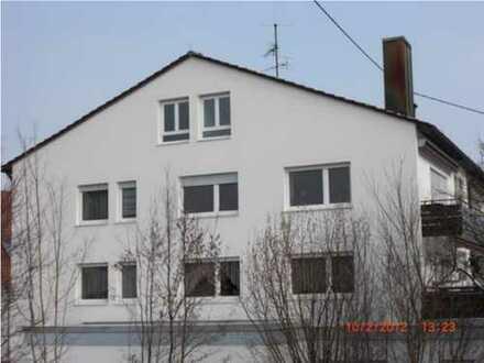 3-Zimmer-Dachgeschosswohnung mit EBK in Reutlingen-Sickenhausen