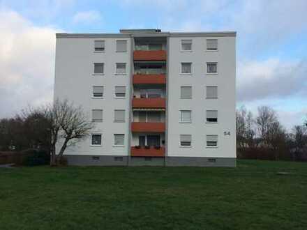 3 Zimmer - Eigentumswohnung mit Balkon + gem. Außenstellplatz in guter Ortsrandlage von Herxheim