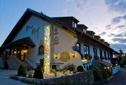 Gut geführtes und attraktives Land-/Business-Hotel am Ammersee-Ostufer
