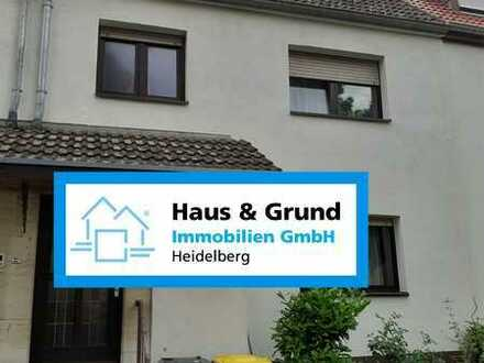 Haus & Grund Immobilien GmbH - gemütliches Reihenhaus mit großem Garten in Mannheim - Almenhof