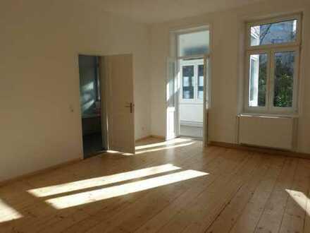 Erstbezug nach Sanierung: 4,5-Zimmer-Wohnung in Stuttgart Mitte!