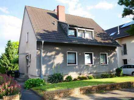 ALBERT WOLTER 1919 IVD. Rodenkirchen, freistehendes Einfamilienhaus in ruhiger Spielstraße