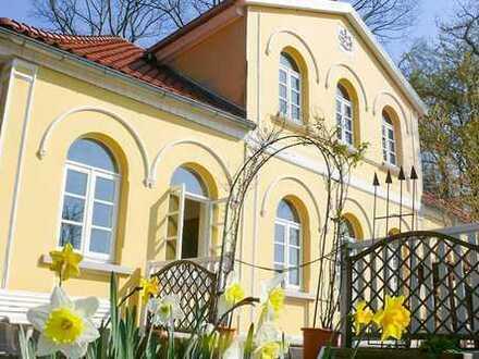 Denkmalgeschütztes Lavesgebäude mit ca. 10.000 m²