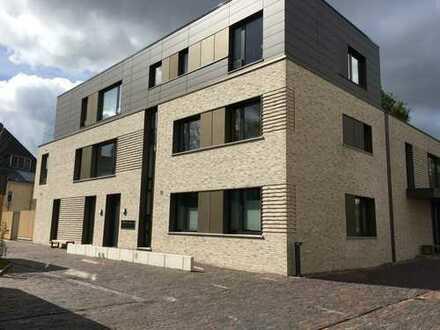 Zentrale, ruhige 4 ZKB Penthouse Wohnung mit 2 Dachterrassen