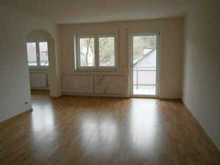 Höchstadt-Süd, schöne sonnige 3 Zimmer Wohnung, 93 m² mit Balkon