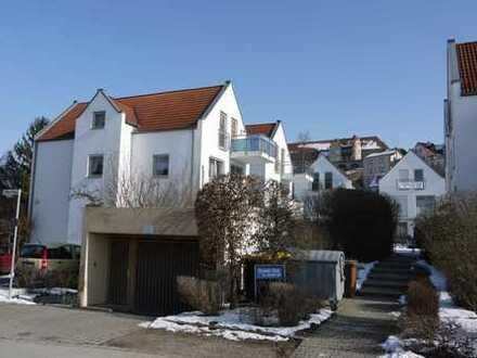 Sonnige 2-ZKB DG-Wohnung in ruhiger / zentraler Lage