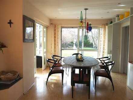 Grosszügiges Architektenhaus in einmaliger Seelage - Wohnen und Arbeiten unter einem Dach