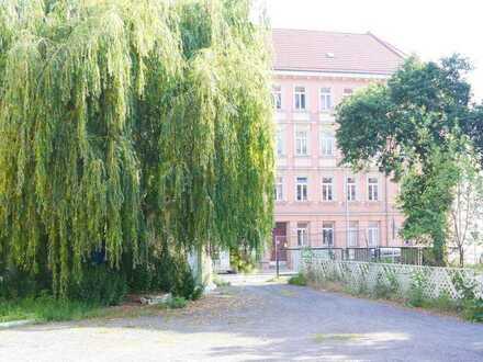 In Lindenau, da ist der Himmel blau ... Wohnbaufläche und Grünfläche in Leipzigs grünem Westen