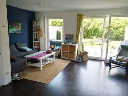 Nur im Tausch gegen kleinere Wohnung: Großes, helles Haus mit Ausblick