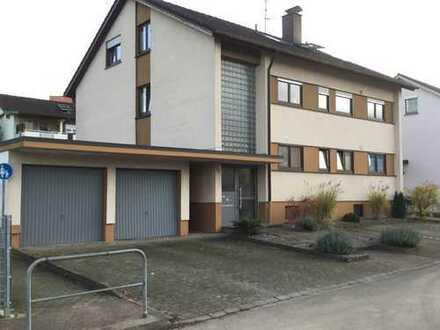 4 Zi-Wohnung über das komplette Dachgeschoss in kleinem 3 Fam.-Haus