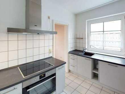 WOLFGANG SODENKAMP /// sehr schöne Wohnung mit Terrasse, EBK und Carport für 2 PERSONEN
