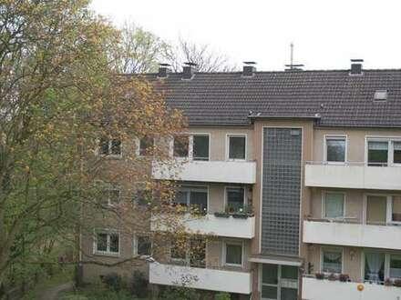 Frisch renovierte Zweizimmerwohnung mit Balkon in Duisburg