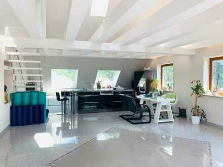 Außergewöhnliche 5-Zimmer-Maisonette-Wohnung in Langensendelbach