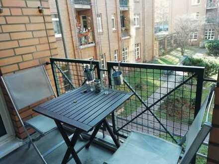 TAUSCHWOHNUNG - Attraktive 3-Zimmer-Wohnung mit Einbauküche und Balkon im Herzen von Ehrenfeld