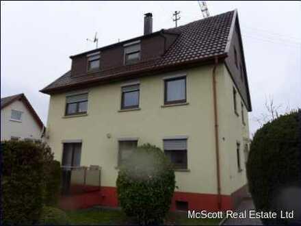 Renoviertes und gepflegtes Wohnhaus mit 3 Wohnungen - Steinenbronn Ortsmitte