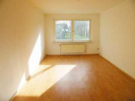 Schöne renovierte 3Zimmer Wohnung mit Einbauküche!