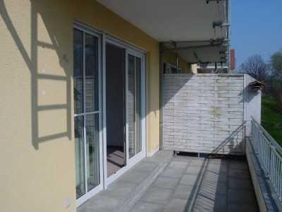 Sonnige 1,5-Raum-Wohnung mit schönem Balkon und Tageslichtbad!