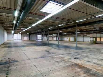 Funktional und vielseitig nutzbar. Produktions- und Lagerhalle mit Büro- und Sozialräumen zur Miete