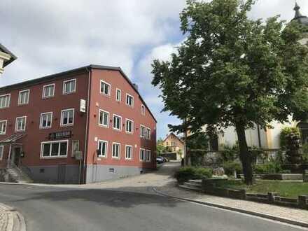 Wohn- und Geschäftshaus mit 740 qm und 1800 qm Grundstück - viele Nutzungsmöglichkeiten!!