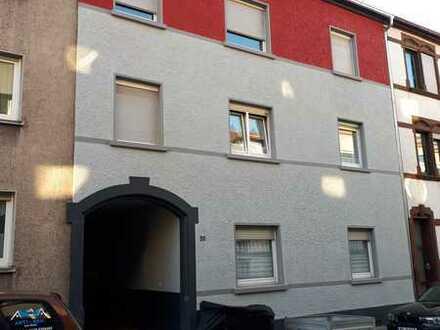 Schöne helle 3 ZKB Wohnung mit EBK