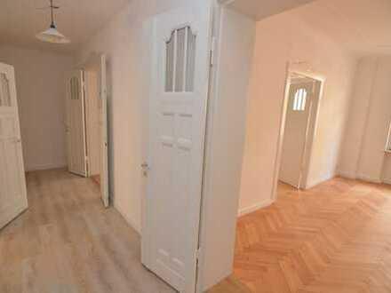 Schicke, neu sanierte 4,5-Zimmer-Wohnung im absoluten Zentrum