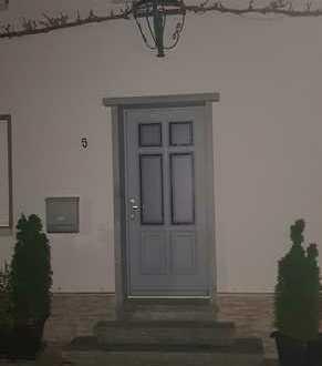 Attraktives und bezugsfertiges EFH zur Miete in Ockenheim 5 Zimmer, Küche und Bad