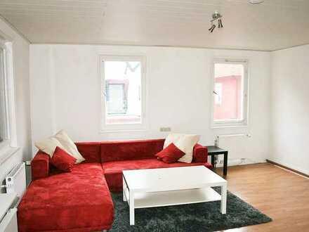 möblierte 4,5 Zimmer Wohnung mit Internet, TV, Waschmaschine, Balkon, ab 1 Monat mietbar