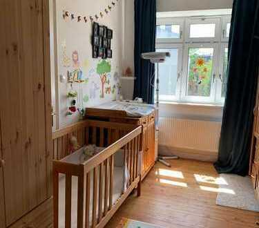 Neuwertige 4-Zimmer-Wohnung mit Balkon und Einbauküche in Kassel