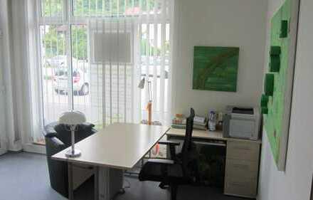 Moderne zentrale Büro-oder Praxisräume