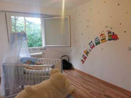 Schöne 3-Zimmer-Wohnung mit Balkon und EBK in Baden-Württemberg - Karlsruhe
