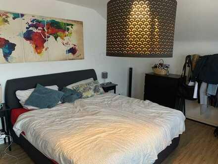 Großes Zimmer in 3er WG nähe Freiburg