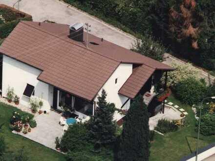Gepflegtes EFH mit großem Garten, Terrasse und Garage in zentrumsnaher Lage der Stadt Mainburg