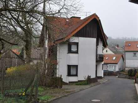 helle 2-geschossige Wohnung zu vermieten