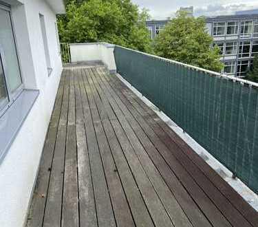 Tramhafte Dachgeschosswohnung