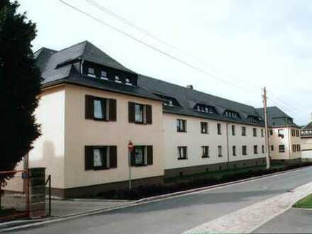 Sanierte Dachgeschosswohnung in ruhiger Siedlungslage
