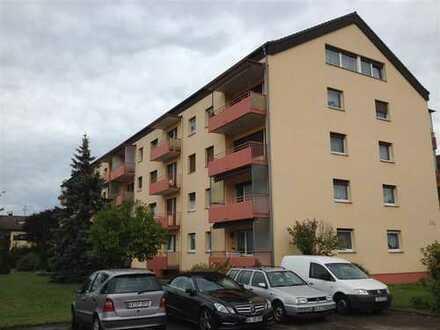 Schöne 3-Zi-Wohnung im DG mit Ausblick und Garage