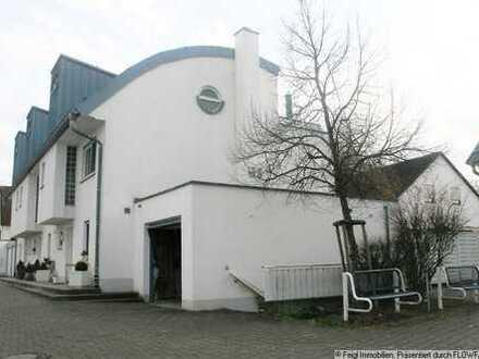 """""""FAMILIENFREUNDLICHES Wohnen am Ortsrand von Illertissen"""" REH mit kleinem Garten"""