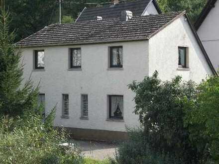 Nähe Adenau kleines EFH oder WE Haus.Wohnen im Grünen - von Schlapp Immobilien