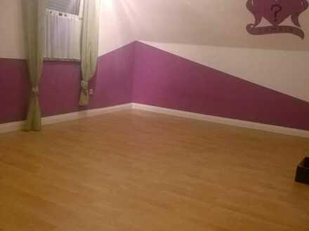 2 Zimmer zu vermieten im eigenen Haus