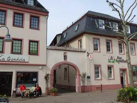 Bad Sobernheim, 2,5 ZKBB in Bestlage am Marktplatz top saniertem Wohnhaus