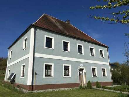 Die BESONDERE Immobilie: Denkmalgeschütztes Unikat aus dem Jahre 1732 in sehr gutem Zustand!