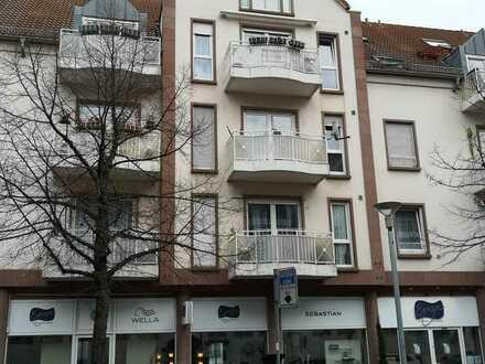 Von privat: Rüsselsheim: Gepflegte Wohnung mit zwei Zimmern und Balkon