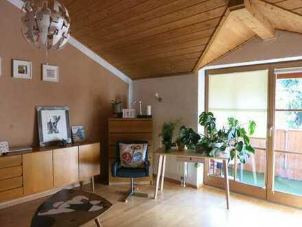 Sehr schöne, großzügige 3-Zimmer-Wohnung (98 m²) in RO-Oberwöhr!