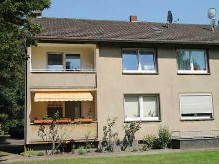 3 Zimmer-Wohnung mit Loggia in ruhiger Lage im Südwesten Krefelds.