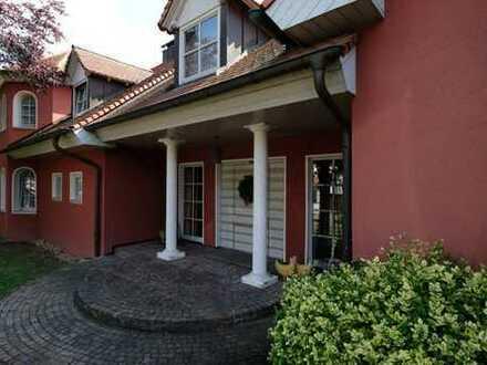 Exclusive Villa im Landhausstil