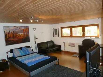 Möbiliertes 24qm Zimmer in netter 3er WG in Ilsfeld