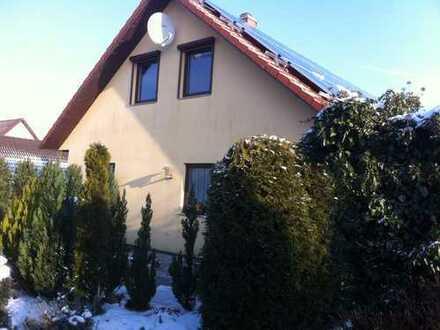 Attraktive, gepflegte 2-Zimmer-DG-Wohnung in Friedland